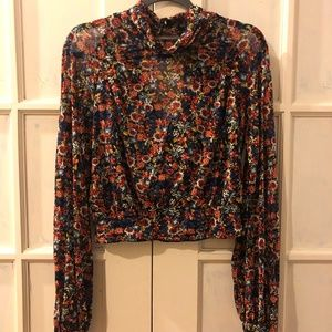 Never worn Free People Cropped Turtleneck (Size M)